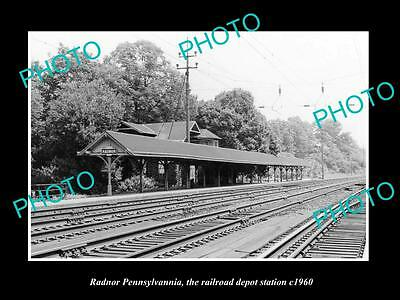 OLD LARGE HISTORIC PHOTO OF RADNOR PENNSYLVANIA, THE RAILROAD STATION c1960