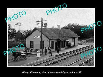 OLD LARGE HISTORIC PHOTO OF ALBANY MINNESOTA, THE RAILROAD DEPOT STATION c1920