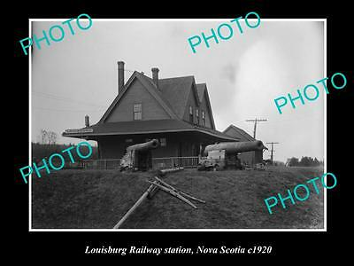 OLD LARGE HISTORIC PHOTO OF LOUISBURG NOVA SCOTIA, THE RAILWAY STATION c1920