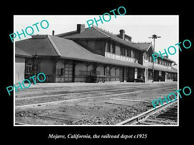 OLD LARGE HISTORIC PHOTO OF MOJAVE CALIFORNIA, THE RAILROAD DEPOT STATION c1925