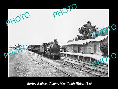 OLD LARGE HISTORIC PHOTO OF ROSLYN NSW, VIEW OF THE RAILWAY STATION c1946