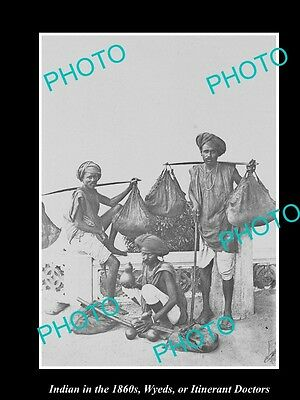 OLD LARGE HISTORIC PHOTO OF INDIA IN THE 1860s, A GROUP OF INTINERANT DOCTORS