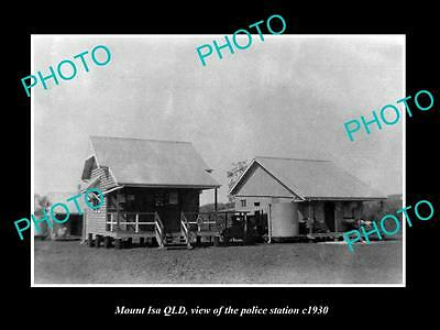 OLD LARGE HISTORIC PHOTO OF MOUNT ISA QLD, VIEW OF THE POLICE STATION c1930