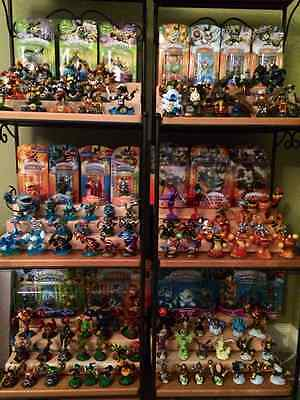 Giant collection of skylanders - XBOX games