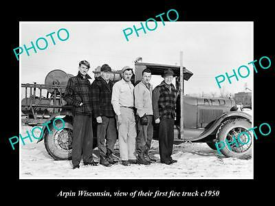 OLD LARGE HISTORIC PHOTO OF ARPIN WISCONSIN, THE 1st TOWN FIRE TRUCK c1950