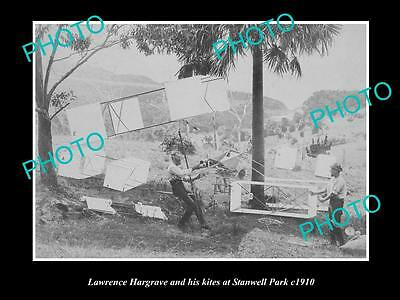 OLD LARGE HISTORIC PHOTO OF AVIATION PIONEER LAWRENCE HARGRAVE & BOX KITES c1910