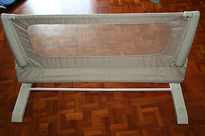 Safety 1st Bed Rail Toddler Baby Side Bed Guard Bedrail Excellent Condition