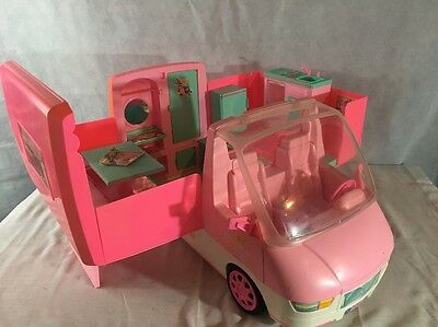 BARBIE MOTOR HOME 1996 Camper W/ Working Light Up Stove