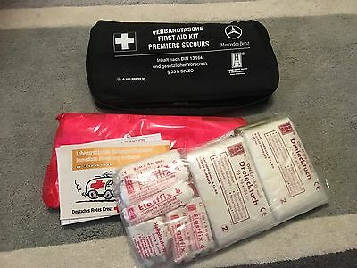 Mercedes Benz First Aid Medical Emergency Kit A E C Gla Cl Class * A203 860 0050