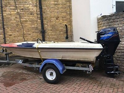 Classic Small Speed Boat Believed 60s. Small. Only 3.8m Long Mota Lita Wheel