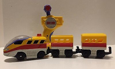 GeoTrax The Fastest Team Train and Remote Fisher Price
