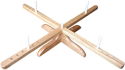 Amish-Design Wooden Yarn Swift-
