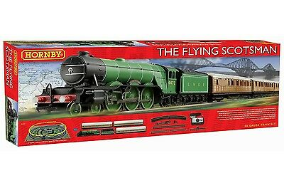 Hornby The Flying Scotsman OO Gauge DCC Ready Train Set R1167