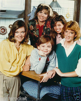 "Kate & Allie-Cbs 8"" X 10"" Color Photo-Jane Curtain-Susan Saint James-#763-1986"
