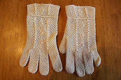 Vintage Cream Crocheted Ladies Gloves - Made In Italy