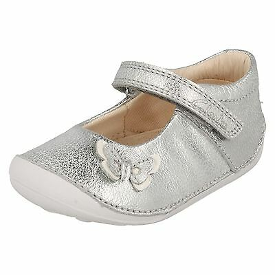 Clarks Girls Little Mia Silver Leather First Shoe Cruisers G & H Fittings