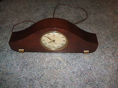 VINTAGE General Electric Mantle Clock MODEL LO-10 Made in Canada at GE Toronto