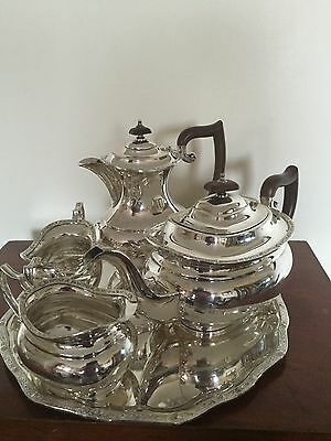 Beautiful 4 Piece Silver Plated Tea/coffee Service With Matching Tray (Ref 006)
