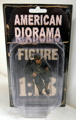 American Diorama 1/18 Scale Resin Figure 77412 WW2 USA Soldier Sitting Military