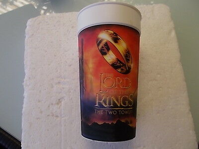 """Lord Of The Rings Blockbuster Promotional Plastic Cup """"the Two Towers""""  Used"""