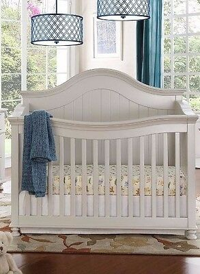 Jessie 3 in 1 Convertible Crib-Free Shipping in the Greater Toronto Area