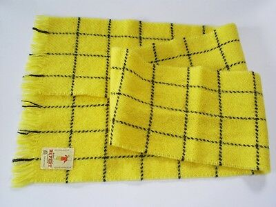 Lovely Vintage 1980 Genuine Rupert Bear Pure New Wool Scarf