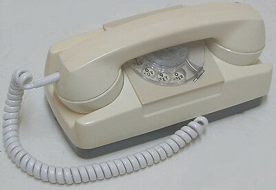 vintage GTE Automatic Electric Rotary Desk PRINCESS Phone Works Perfectly