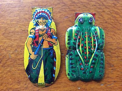 VINTAGE ORIGINAL MADE IN JAPAN TIN TOY CLICKER INDIAN w RIFLE  & FROG 60's