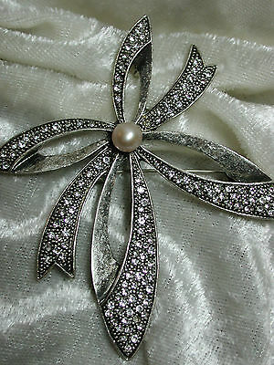 Vintage rhinestone bow with cultured pearl brooch, pendant, enhancer NICE g73p19