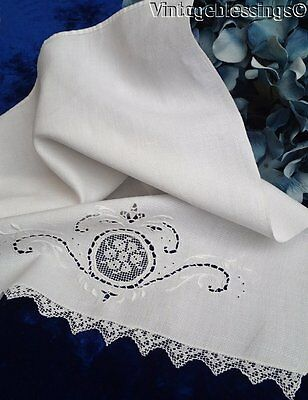 Antique Linen SHOW Towel with Lace Insert