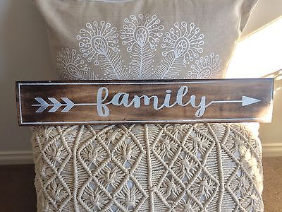 1 x Handcrafted Timber Boho Arrow FAMILY Sign Home Decor Wall Hanging