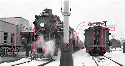 Grand Trunk Western (GTW) Engine 5627 at station in Grand Rapids, MI -8x10 Photo