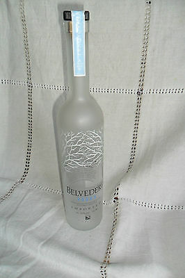 TALL BELVEDERE VODKA CLEAR EMPTY DUMMY PROMOTIONAL DISPLAY BOTTLE 70cl, 35 cm