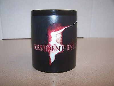 """""""RESIDENT EVIL 5"""" COLOR CHANGING THERMAL MUG  BY NECA - Excellent Condition"""