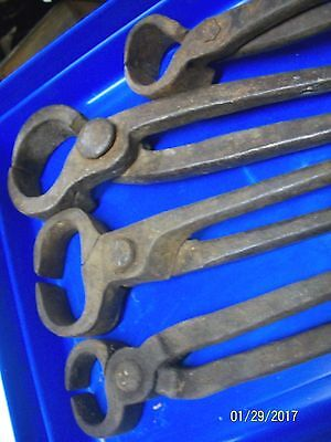 4 Awesome Pair Of Antique Blacksmith Forged American Iron Nippers, Use - Display