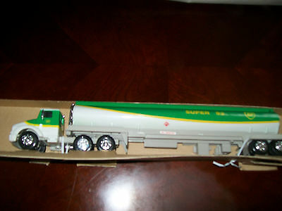 1994 limited edition bp toy tanker truck new in the box