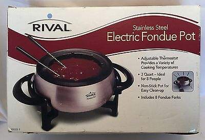 Rival 3 QT Electric Fondue Pot  FD325S  8 Forks Stainless Steel Used