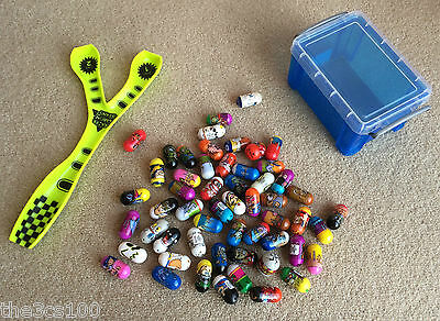 BUNDLE OF 55 x MIGHTY CRAZEE JUMPIN JUMPING BEANS + RAMP + STORAGE BOX