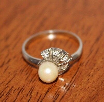 Vintage Pearl and Diamond 14k White Gold Ring Size 8
