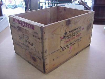 Winchester Wood Box 38 Special Staynless Non-mercuric Oil Proof