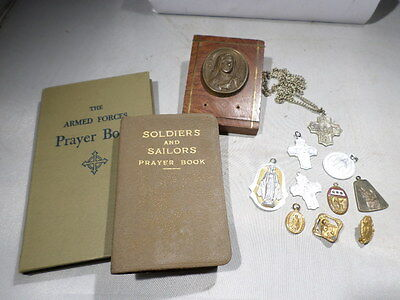 WWII VINTAGE US Army Armed Forces Prayer Book 1940 with Catholic Charms Medals