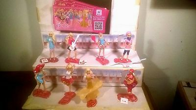 kinder New. Barbie profession 8 pieces+ all bpz kinder joy 2016 from Russia