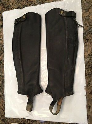 Ariat Close Contact 1/2 Chaps size MT