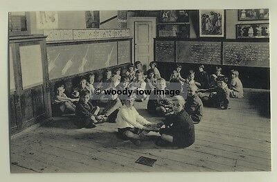tp3626 - Singing Class , Witney Cof E Junior School 1932 - reproduction postcard
