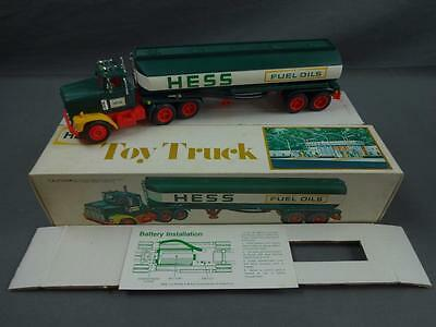 Vtg 1978 HESS Fuel Oils Tanker Tractor Truck w/Box Tested Working Lights EX+ - B