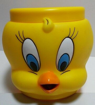 Vintage Warner Bros Looney Tunes 3-D Plastic Mug Cup Tweety Bird New