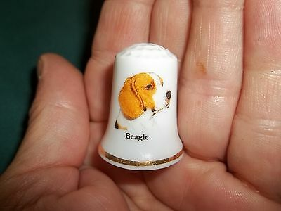 vintage BEAGLE Dog Collectible ceramic Thimble figurine Lim.Edition