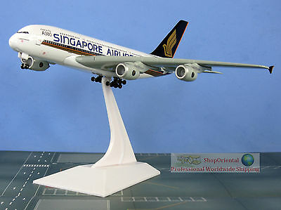 55555 Dragon Wings Singapore Airlines First to Fly A380 1:400 Scale Plane Model