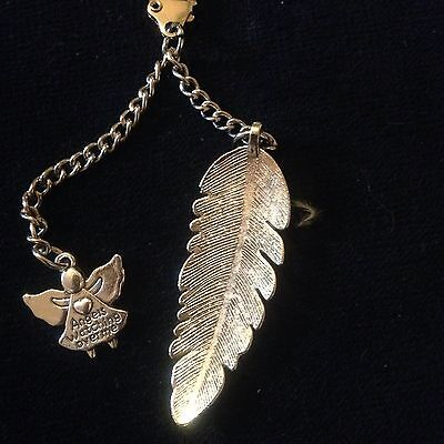 Gift/Present  For Someone Special  A Feather And Guardian Angel Charm Keyring