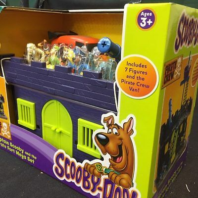 NEW Captain Scooby doo and the Pirate Fort Mega Set with 7 figures